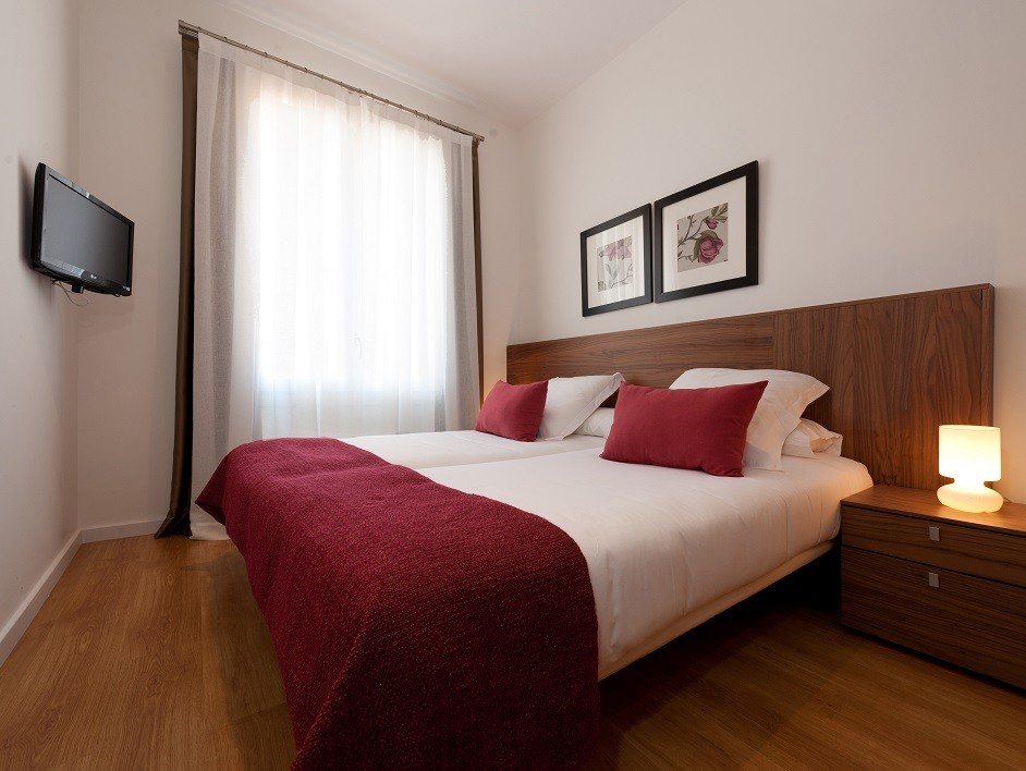 Dailyflats Barcelona Center  3-bedrooms apartments in Barcelona 12