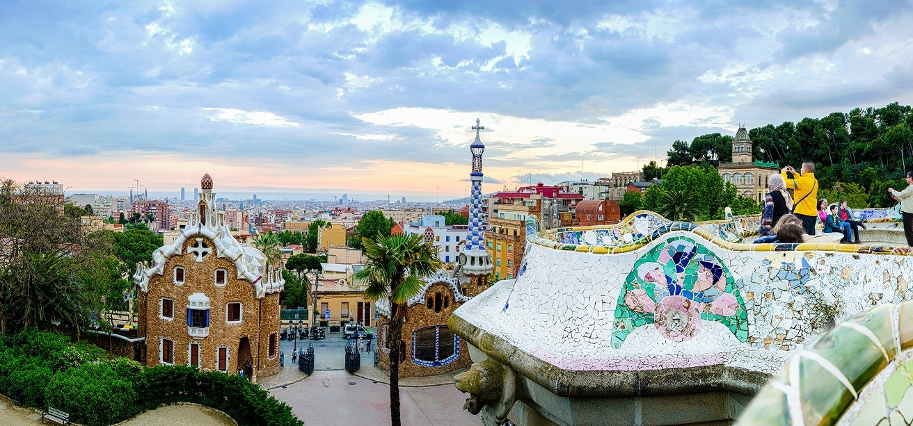barcelona-park-guell-view-smaller