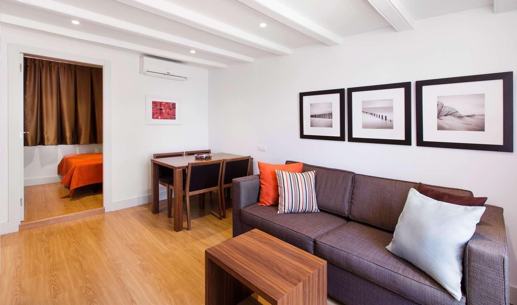 Dailyflats Sagrada Familia 1-bedroom (1-4 adults) Attic apartment in Barcelona 1