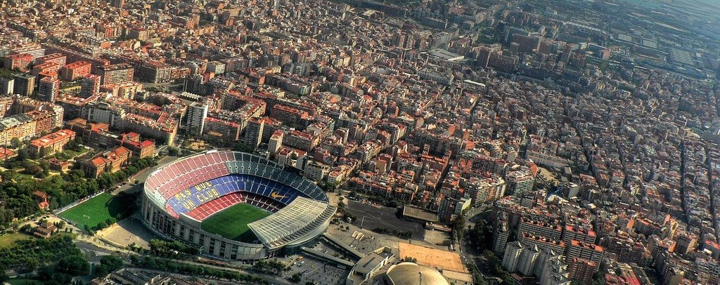 Helicopter-tour-barcelona-camp-nou
